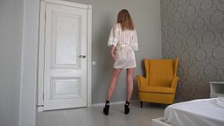 Look at me and jerk off at me. Eye contact of a hot Russian Milf