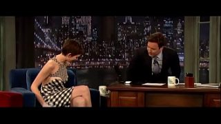 Anne Hathaway in Late Night with Jimmy Fallon (2012)