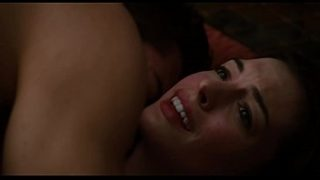 ANNE HATHAWAY – Love and Other d. (2010)