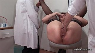 french squirt redhead ass inspected doublefist fucked at the gyneco