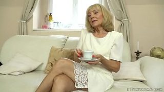 old lady enjoys deep fuck with her y. lover