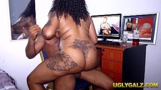 uglygalz rides krissyjoh while editing porn video