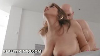 Big Naturals – (Ella Knox, Johnny Sins) – Obsessed With Breasts – Reality Kings