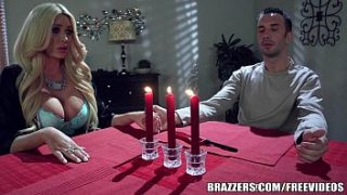 Brazzers – Summer gets r. on her BF