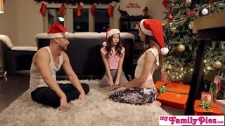 Stepbro's Christmas Threesome And Sister Creampie – My Family Pies S5:E6
