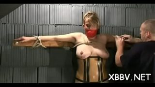 Woman plays by man's rules in sadomasochism xxx amateur show